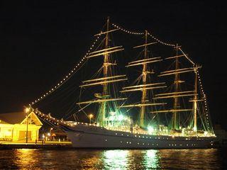 北埠頭の海王丸